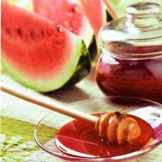 Арбузный мед является прекрасным десертом для тех, кто страдает от аллергии на продукты пчеловодства.