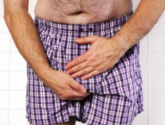 Помимо половых органов молочница у мужчин может поражать и слизистую полости рта, и некоторые участки кожи.